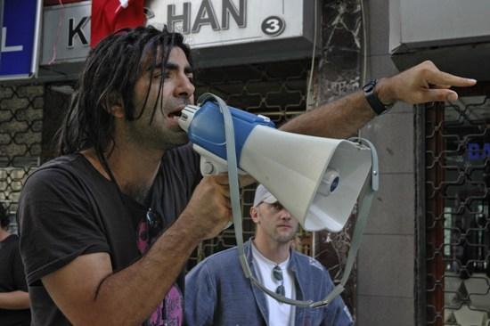 Der goldene Handschuh: Fatih Akın'ın Sıradaki Filmi Seri Katil Gerilimi
