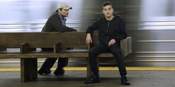 "MR. ROBOT -- ""hellofriend.mov"" Episode 101 -- Pictured: (l-r) Christian Slater as Mr. Robot, Rami Malek as Elliot -- (Photo by: Peter Kramer/USA Network)"