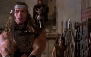 """""""Conan"""" Arnold Köpeklerden Kaçarken"""