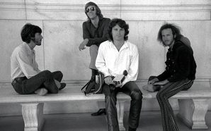 The Doors'un 2001: A Space Odyssey İzlediği Gün